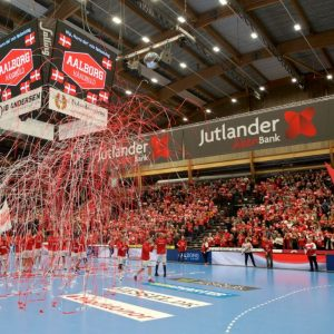 Aalborg-Håndbold-tifo.jpg