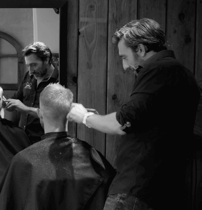 Barber-Lounge-klip.png