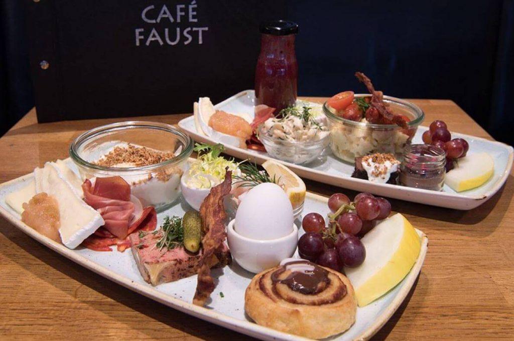 Café-Faust-mad.jpg