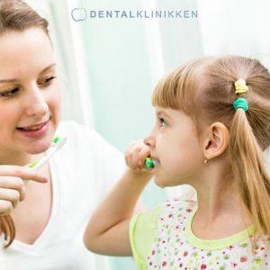 Dentalklinikken-tandbørste.jpg
