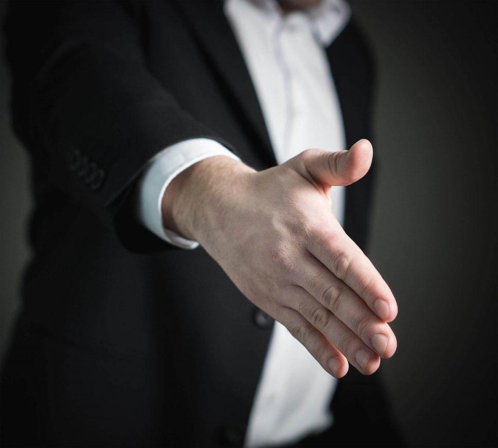 Digura-håndtryk.jpg