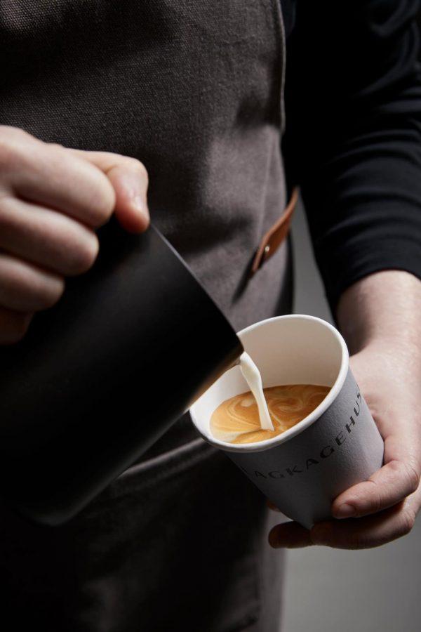 Lagkagehuset-kaffe-latte. studierabat